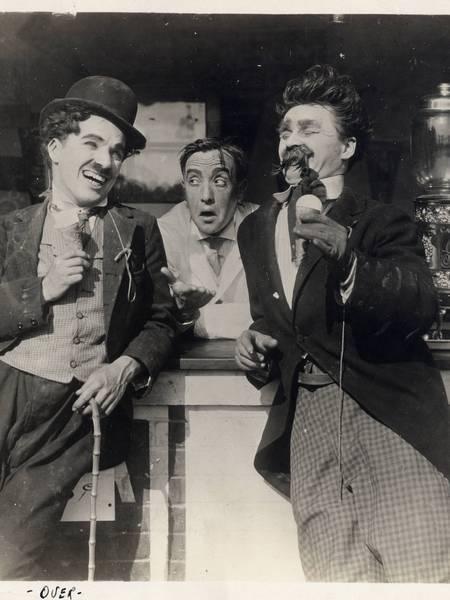 Chaplin2015ByTheSea2