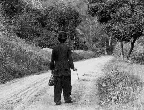 Chaplin2015TheTramp1