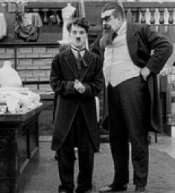 Chaplin1916TheFloorwalker6
